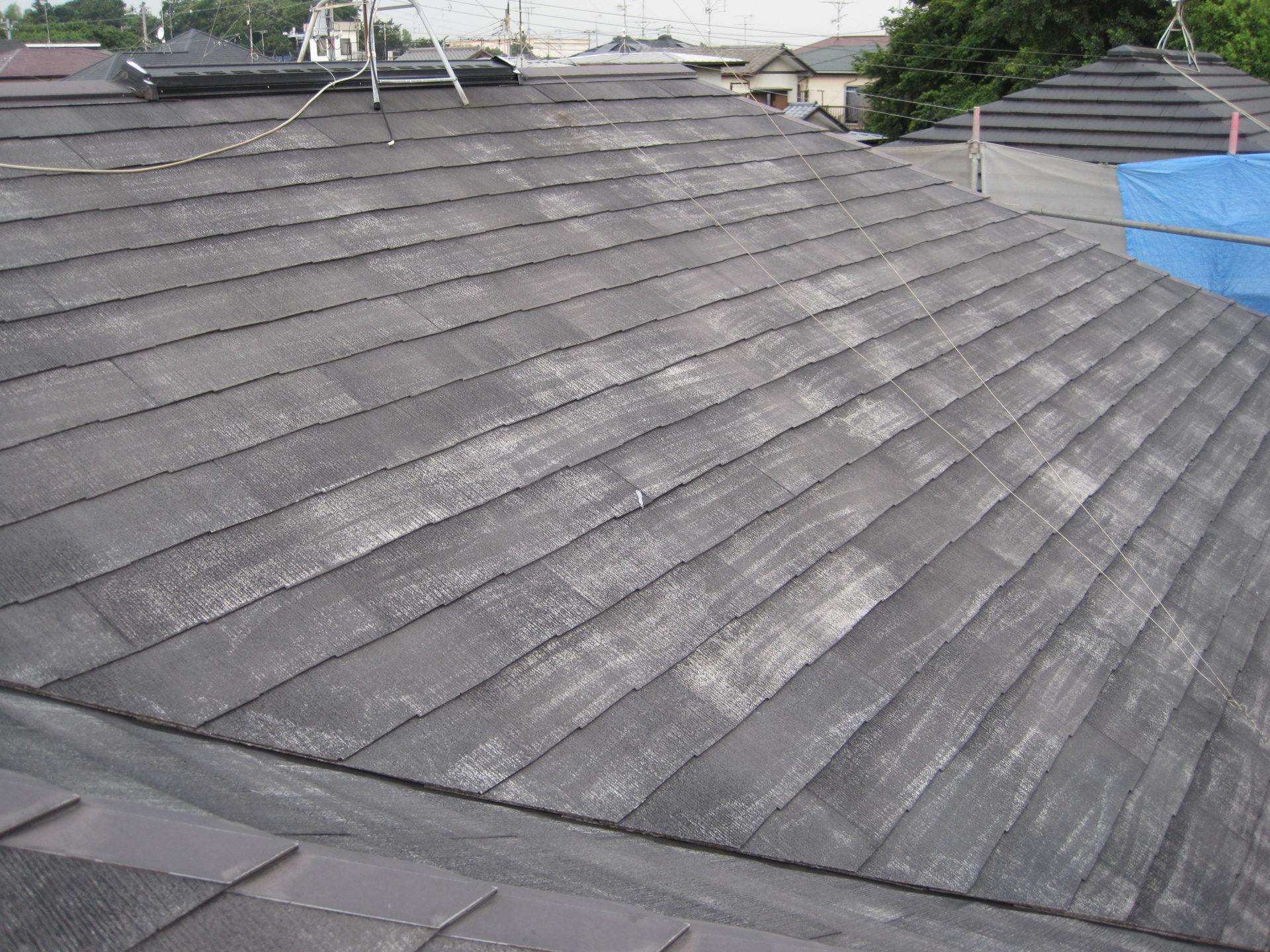 静岡県御殿場市屋根・外壁塗装工事 屋根高圧洗浄後の画像